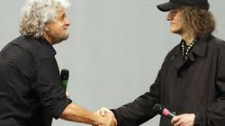 Grillo fa una dedica speciale per festeggiare i 5 Stelle al