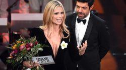 Perché Michelle Hunziker ha in mano un fiore bianco durante il Festival di