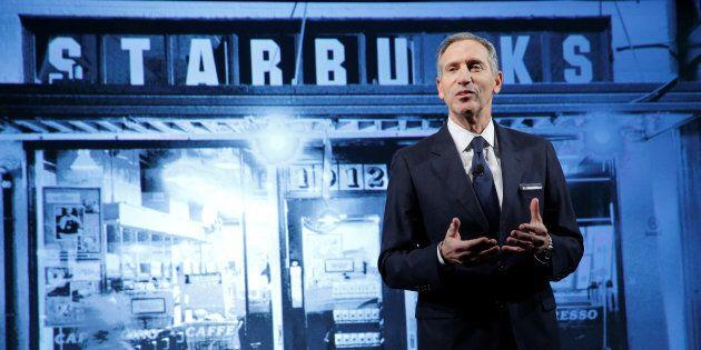 Howard Schultz lascia Starbucks. I democratici pensano a lui per la Casa