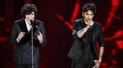 Ermal Meta e Fabrizio Moro sospesi: annullata l'esibizione di stasera. La difesa: