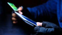 Rubavano i codici delle carte di credito e li vendevano nel dark web: bottino da 530 milioni di dollari, un italiano tra gli