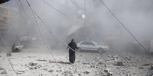 Trump mostra i muscoli, bombardamenti americani dal cielo sulla Siria. Damasco: mostruosa