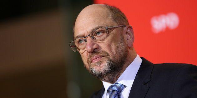 Martin Schulz vittima del fuoco amico, rinuncia al Ministero degli