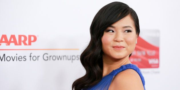 I fan di Star Wars contro l'attrice asiatica Kelly Marie Tran che chiude l'account