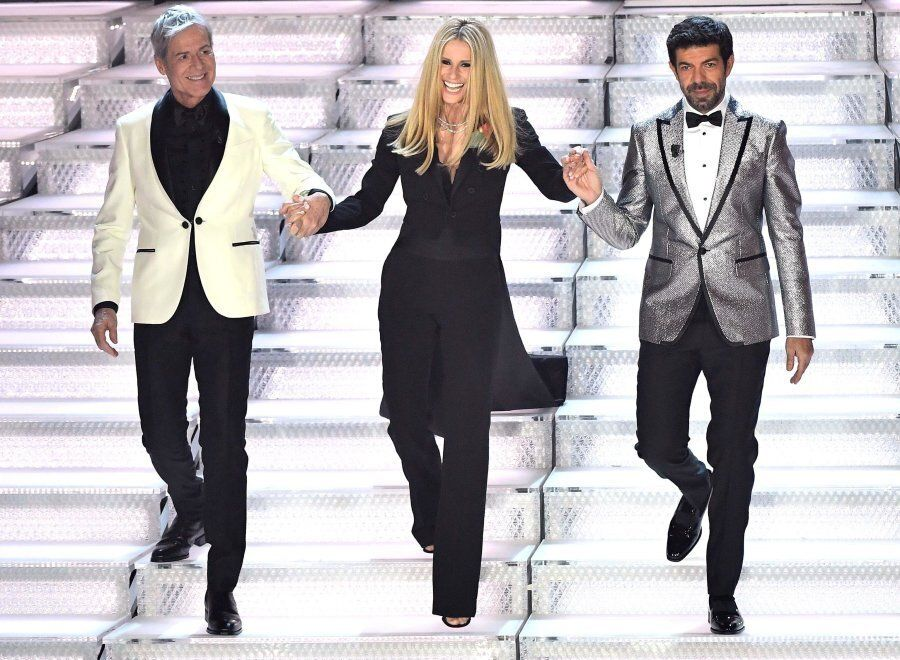 Sanremo 2018, tutti i look di Michelle Hunziker che hanno incantato