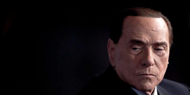 Un ritocchino per Forza Italia. Silvio Berlusconi prepara il ritorno: