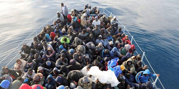 Migranti, botta e risposta Frontex-Viminale, che la spunta: anche per l'Agenzia Ue