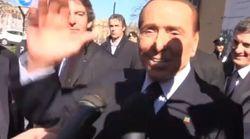 E ora Berlusconi prende in giro i 5 Stelle: