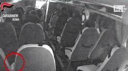 Operatore sociosanitario infilava aghi da siringa nei sedili degli autobus