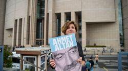 L'ergastolo a 6 giornalisti è la morte dello stato di diritto in