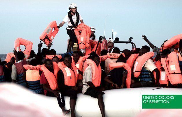 Migranti testimonial per Benetton: è polemica Matteo Salvini-Oliviero