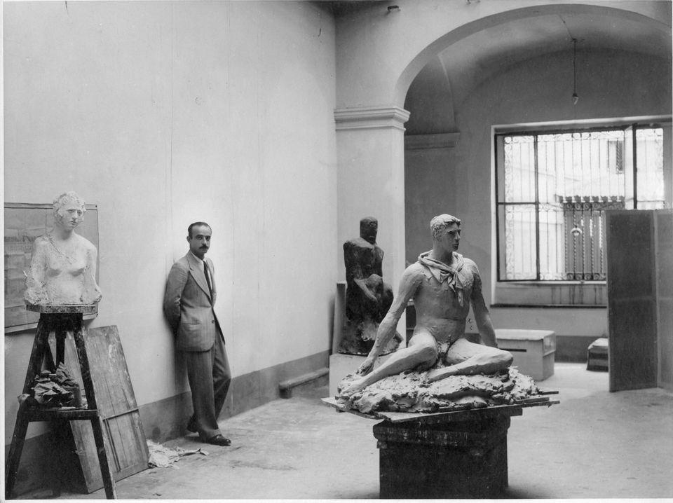 De Chirico e Carrà, Gramsci e Moravia: la creatività oltre il regime. Perché il 900' fu un'esplosione...