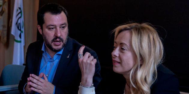 Giorgia Meloni contro Matteo Salvini: