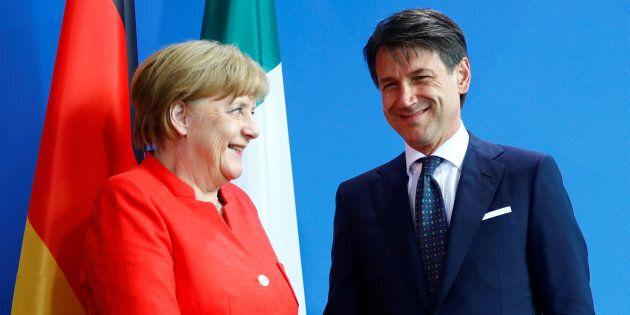 Angela Merkel rassicura Giuseppe Conte in vista del summit di Bruxelles sui