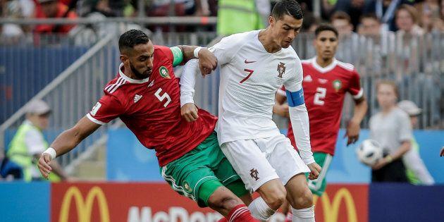 Benatia va in tackle su Cristiano Ronaldo: