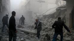 Erdogan bombarda le truppe di Assad che entrano a Afrin. Strage di civili a Goutha: 300 vittime, tantissimi bambini (di U.De