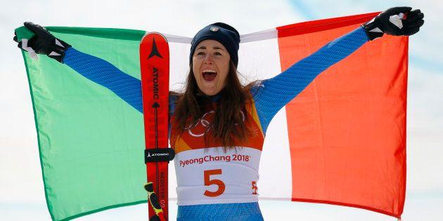 Sofia Goggia vince la discesa libera alle Olimpiadi invernali, terza medaglia d'oro per l'Italia. L'azzurra:...