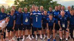 Il gesto dell'Islanda verso il giocatore nigeriano malato di leucemia dimostra che ci sono cose più grandi del