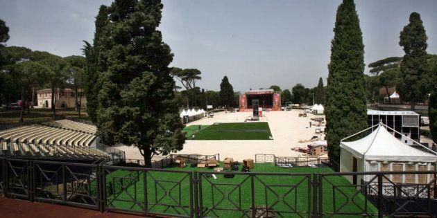 """No alla """"privatizzazione"""" di Piazza di"""