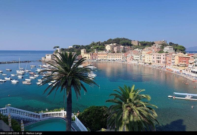 Baia del Silenzio Bay, old town, Sestri Levante, Province of Genoa, Riviera di Levante, Liguria, Italy,