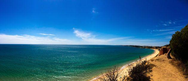 La spiaggia si affaccia sull'Atlantico. Periodo consigliato: da aprile ad ottobre. Oltre al meraviglioso...