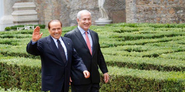 Quell'orologio da 1500 euro che Berlusconi regalò a Netanyahu ha rovinato la vita di una