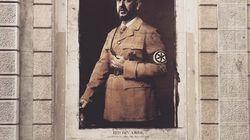 Salvini come Hitler. L'opera di street art fa arrabbiare il ministro: