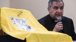 La Santa Sede attacca il governo. Monsignor Becciu: