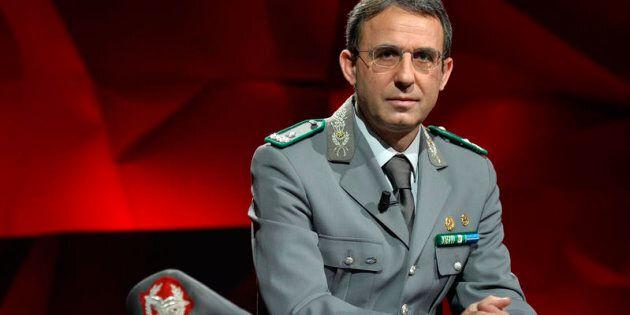 Sergio Costa, chi è il generale che ha scoperto la Terra dei Fuochi proposto da Di Maio come