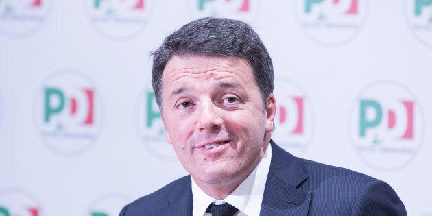 Matteo Renzi prepara l'assemblea del Pd: