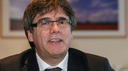 Puigdemont rinuncia alla presidenza della Catalogna ma promette: