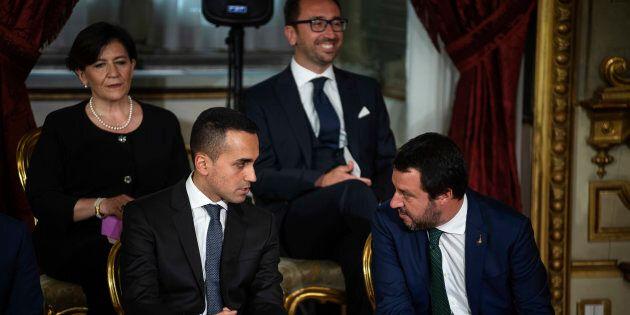 Il Decreto Dignità divide il governo giallo-verde. La Lega chiede i voucher per l'agricoltura e studia...