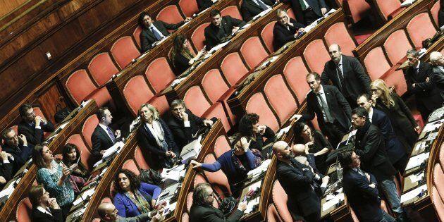 I parlamentari M5S in rivolta contro le nuove regole sulla restituzione delle indennità: