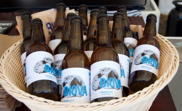 Biova beer, la birra che nasce dal pane vecchio. L'idea di tre giovani piemontesi contro lo spreco