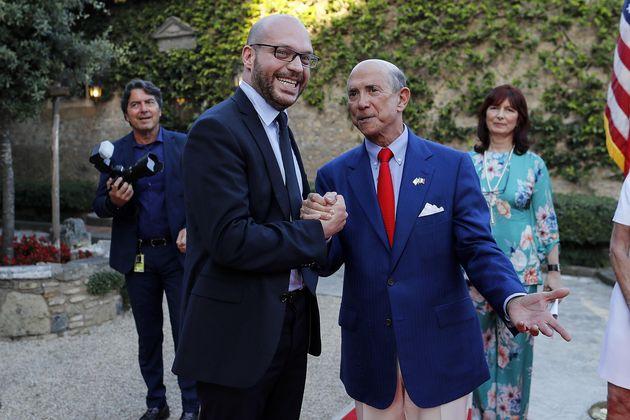 Lorenzo Fontana (S), ministro della Famiglia e della Disabilit�, con l'ambasciatore degli Stati Uniti...