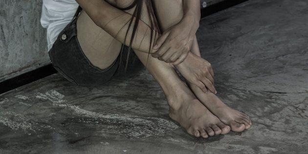 Due arresti e dodici denunce per scambio di materiale pedopornografico. Sotto accusa anche un aspirante