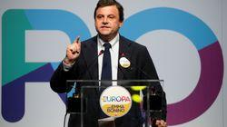 Carlo Calenda si iscrive al Pd:, ma non si candiderà a segretario: