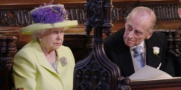 La regina Elisabetta e il principe Filippo assenti al battesimo del principino