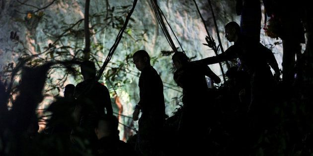 I danni alla salute dei ragazzi intrappolati nella grotta in Thailandia, secondo gli