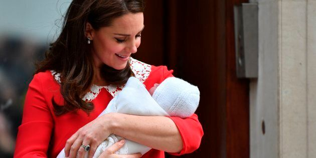 Svelati i nomi dei padrini e delle madrine del principe Louis (Harry e Meghan non