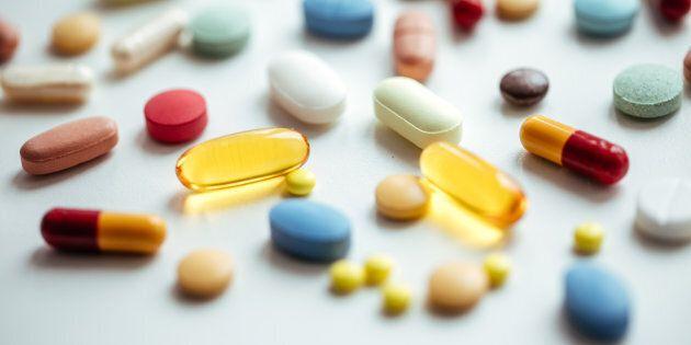 Drogati di farmaci per studio e lavoro, è boom in