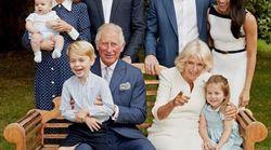 Il principe Carlo compie 70 anni (e regala al pubblico due foto rare della sua famiglia