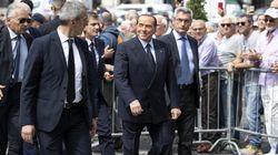 Berlusconi ai funerali di Carlo Vanzina: