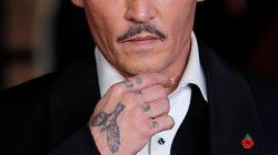 Nuovi guai per Johnny Depp: denunciato per aver picchiato un membro della crew sul