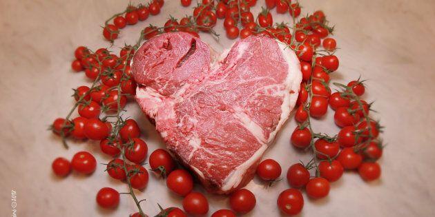 Il riscatto della carne: la bistecca fiorentina torna alla ribalta e una mostra la celebra alla biennale...