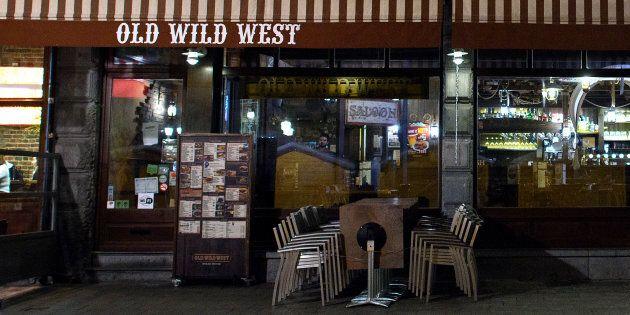Stoppata l'asta sul marchio Old Wild West. Le chiusure domenicali spaventano gli investitori