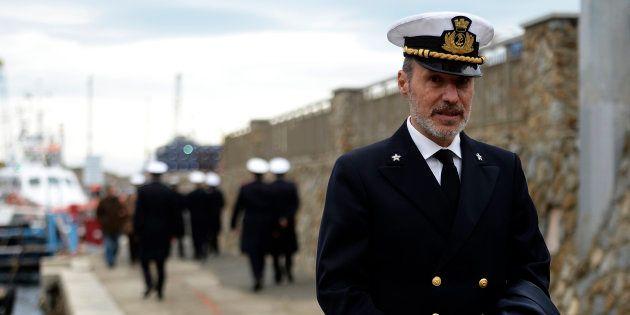 Il comandante De Falco rimprovera Salvini sul caso Diciotti: