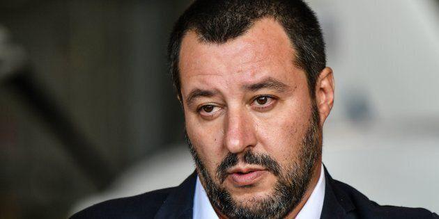 Matteo Salvini cede sul
