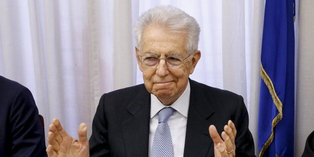 Mario Monti non chiude a un governo 5 Stelle: