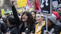 Le donne scendono in piazza contro le violenze, ma la scena se la prende tutta Asia Argento che litiga con i